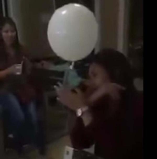 Un fantôme filmé lors de funérailles au Mexique