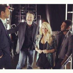 Shakira dans les coulisses de « The Voice » – Photo