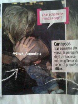 Shakira, Gerard et Milan à l'aéroport de Barcelone le 24 avril – Photos