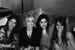 Shakira à l'anniversaire de Cesc Fàbregas – Photos