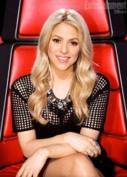 Shakira resplendissante dans The Voice – Photo