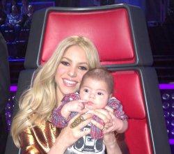 Bonne Fête des Mères Shakira !