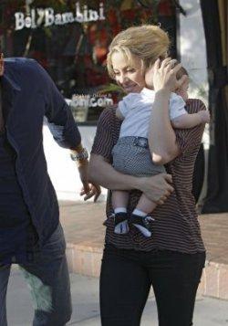 Shakira et Milan de sortie à Los Angeles – Photos UHQ