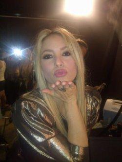 Shakira remercie les Shakifans sur les réseaux sociaux ! – Photo