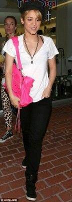 Shakira fait du shopping à Los Angeles