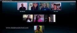 Shakira en vidéoconférence avec 5 fans !