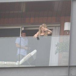 Shakira sur sa terrasse à Rio de Janeiro – Photos