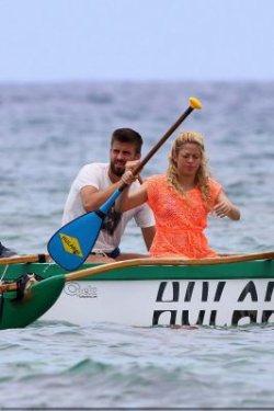Shakira et Gerard à bord d'une barque à Hawaii – Photos