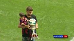 Shakira, Gerard et Milan au Camp Nou – Vidéo et photos