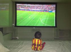 Gerard partage une adorable photo de Milan !