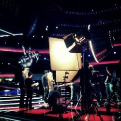 Shakira sur le tournage de The Voice – Photos