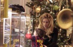Shakira et Milan font leurs courses de Noël !