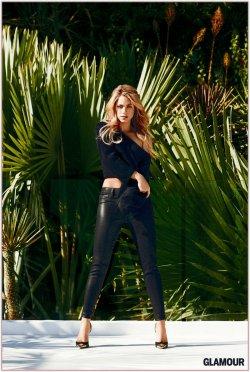 Shakira fait la Une de Glamour !