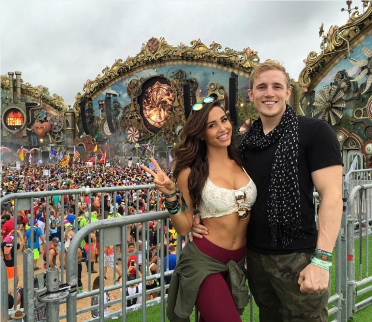 Tomorrowland world - Avec Simon - ♥
