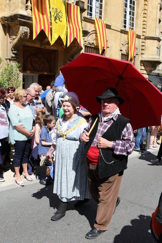 Samedi 2 mai c 39 est la transhumance dans les rues de salon - Securite sociale salon de provence adresse ...