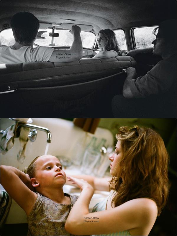 10.12.2012 / Kristen apparaît dans 3 nouvelles photos de son film Sur La route. La photo avec Kristen et le chien, je la trouve vraiment trop mignonne et j'adore la coupe de cheveux de Kristen.