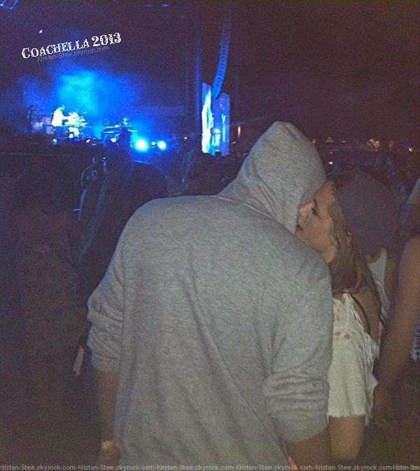 17.04.2013 /  Kristen a été vu dans les rues de Los Angeles la nuit en compagnie de ses amis et de Robert Pattinson. Ils sortaient du concert de Marcus Foster