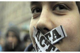 CONTRE LA LOI ACTA !!!! PARTAGEZ SVP IMPORTANT !!!