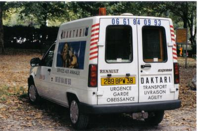 taxi ambulance animalier daktari taxi ambulance animalier isere. Black Bedroom Furniture Sets. Home Design Ideas