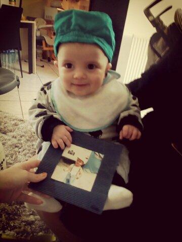 Mon fils Samuel il tien ma photo quand j'ai t'ai petit c'est le même que moi 💋💋💋💋💋💋💋