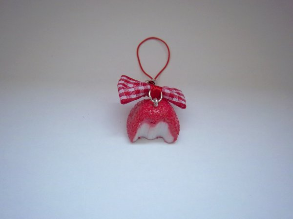 Strap fraise tagada croquée