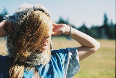 Le truc qui cloche chez moi c'est que mon coeur est à toi, et que te savoir nue dans ses bras je ne supporterai pas ..
