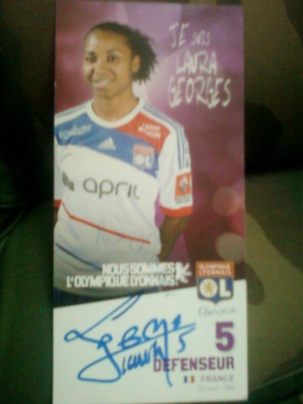 autographe de Laura Georges