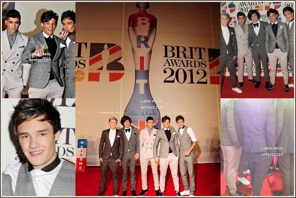 21 Février 2012 : Les One Direction sur le tapis rouge des ' Brits Awards '