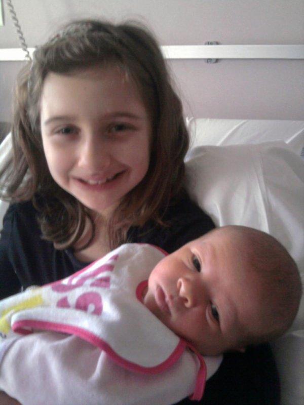 mes 2 nièces d'amour!!!!!!!