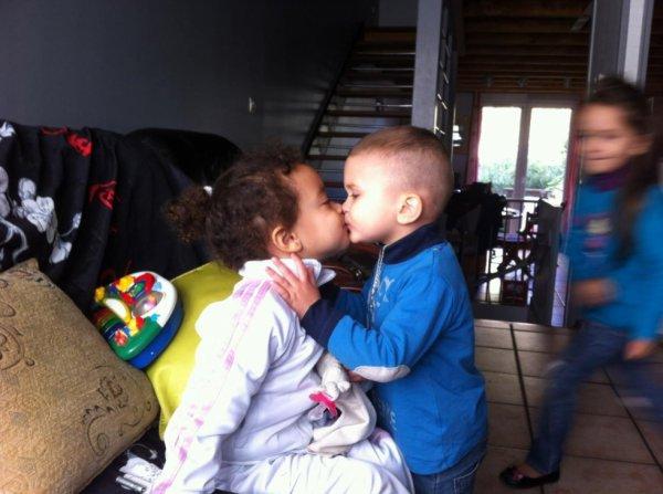 premier baiser, échangé.......