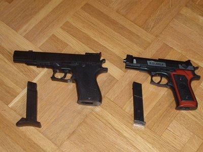 Pistolets à vendre