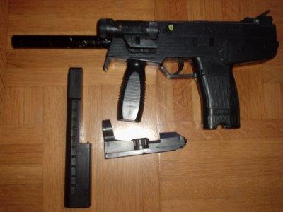 pistolets a vendre
