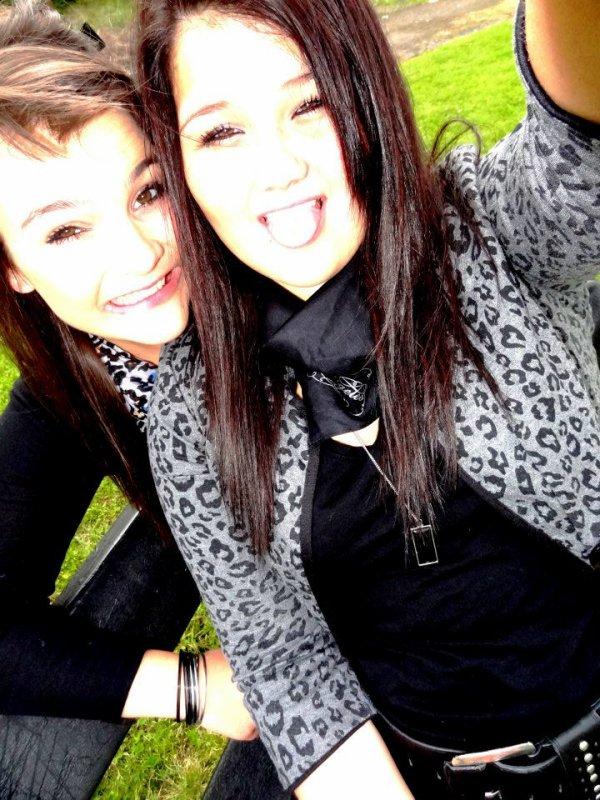 Ma jumelle , Mon tout ! ♥