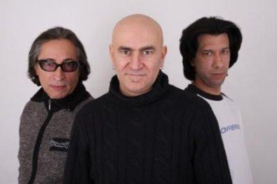 début de la tournée de plusieurs  concerts du groupe Iaco