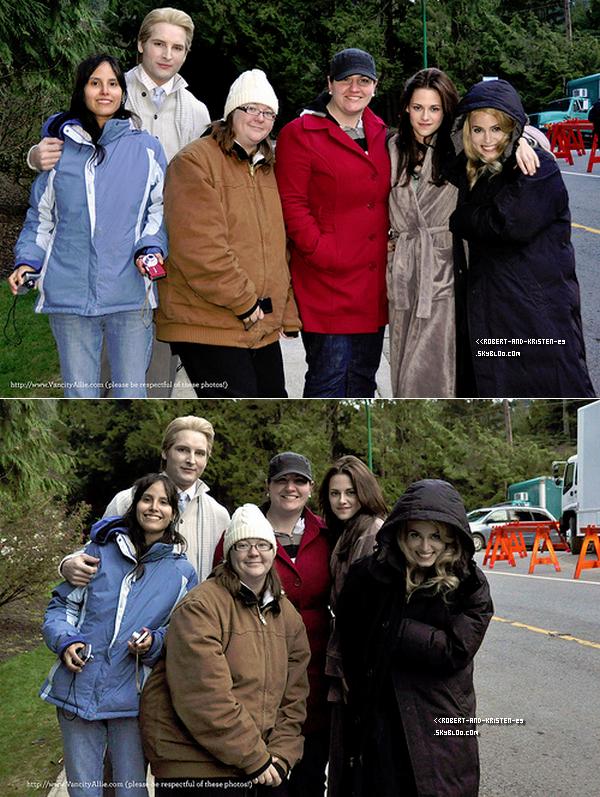 .   Deux photos de Kristen posant avec des fans de Twilight ainsi qu'une photo que le réalisateur a poster sur Twitter.   .