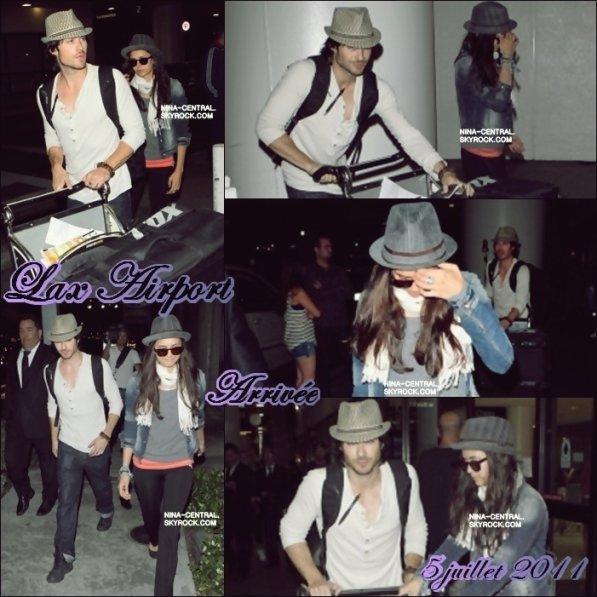 Nina et Ian à l'aéroport de LAX