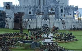 des belles figurines et l'attaque de minas Thirit
