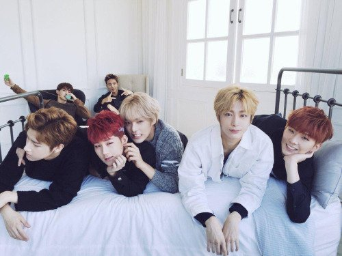 GROUPE: MONSTA -X