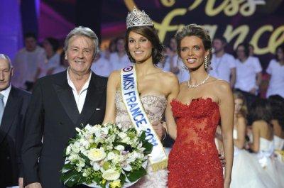 miss france 2011 et sylvie tellier et le persident du jury