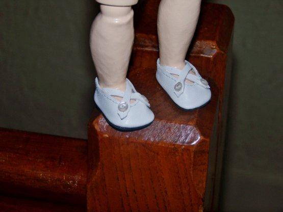 Loulotte  manquait de chaussures........