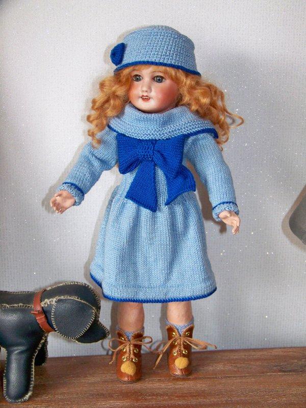 Bleuette  étrenne les bottines de  1910