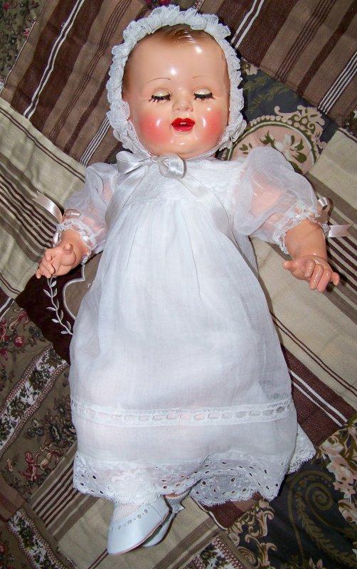 La robe de baptême de Catherine