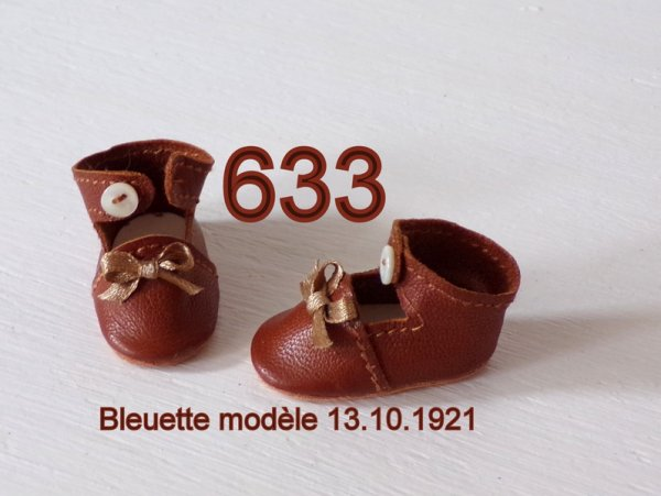 Nouvelles chaussures pour Bleuette