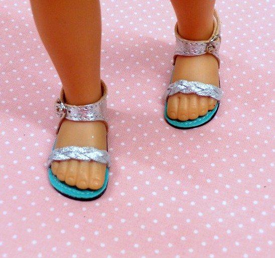 """Festival de chaussures  pour """"Chérie"""" suite"""