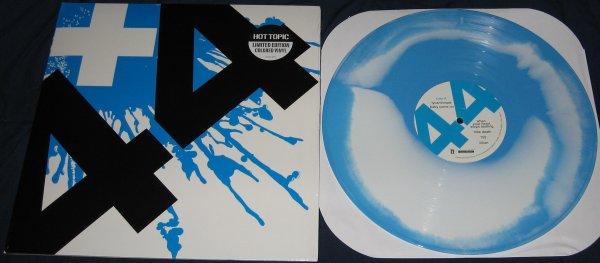 Vinyle +44