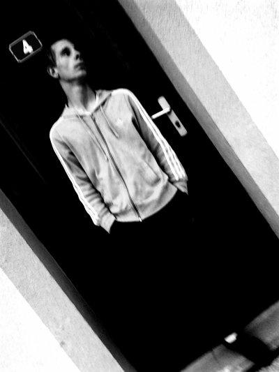 ANTHONY .18ANNS  FIANCEI-AJUSTYNE  <3