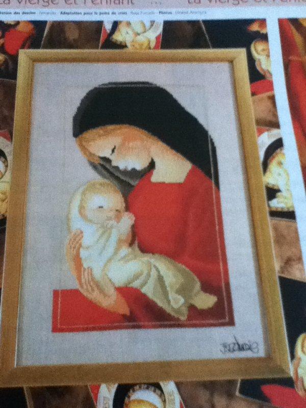 grille  N° 44 la vierge et l'enfant N°1