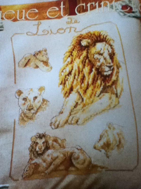 grille  N° 117 LION