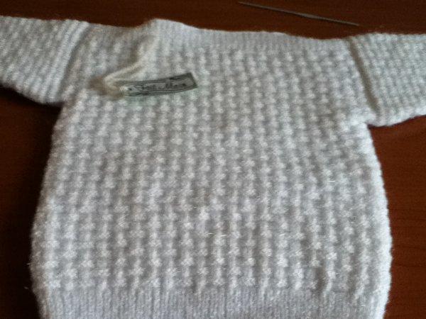 pull blanc fantaisie