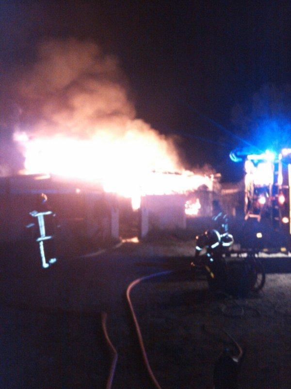 Les pompiers en pleine action pres de chez moi..